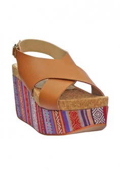 Alecia Wedge by M&G