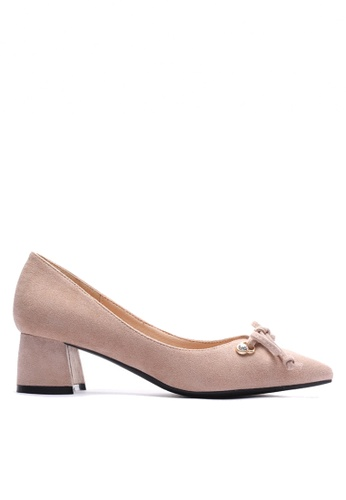Twenty Eight Shoes 米褐色 閃石配襯蝴蝶結中跟鞋 VL99913 FD447SH399A9A1GS_1
