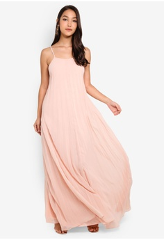 411384d3cb95 21% OFF MISSGUIDED Strappy Pleated Maxi Dress S$ 77.90 NOW S$ 61.90 Sizes 6  8 10 12 14