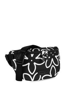 YEYHO YEYHO Waist Bag Bungan Rp 235.000. Ukuran One Size 02924fb47c