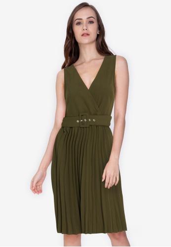 ZALORA WORK green V Neck Pleated Skirt Dress 4D42FAAE5D4F27GS_1