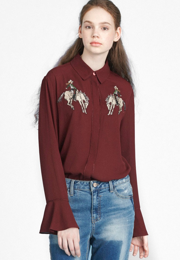 Play Wide Cuffs Embroidery Shirt