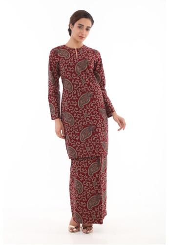 Amar Amran red Kurung Moden Batik Classic 8CA57AA04147BCGS_1