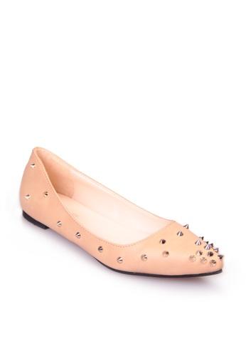 Sunnydaysweety beige Stylish Tip Rivet Pointed  Flat Shoes SU443SH73KPUHK_1