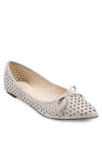 JEANETTE 沖孔蝴蝶結尖頭平底鞋、 女鞋、 鞋VelvetJEANETTE沖孔蝴蝶結尖頭平底鞋最新折價