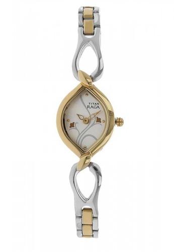 TITAN 2455BM01 Silver Dial With Silver Gold Metal Strap Watch 582A7ACA90658FGS_1