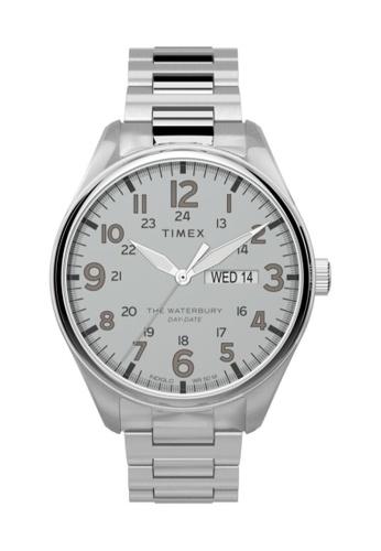 TIMEX silver Timex Waterbury Traditional Day Date 42mm - Silver-Tone Case & Bracelet (TW2T70800) F6C00AC072EDBFGS_1