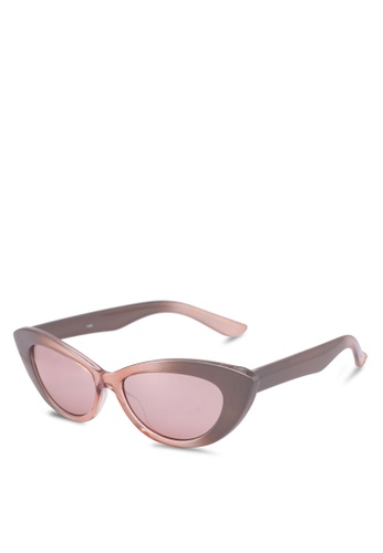 Rubi black Delilah Cat Eye Sunglasses 48B45GL4CE8B66GS_1