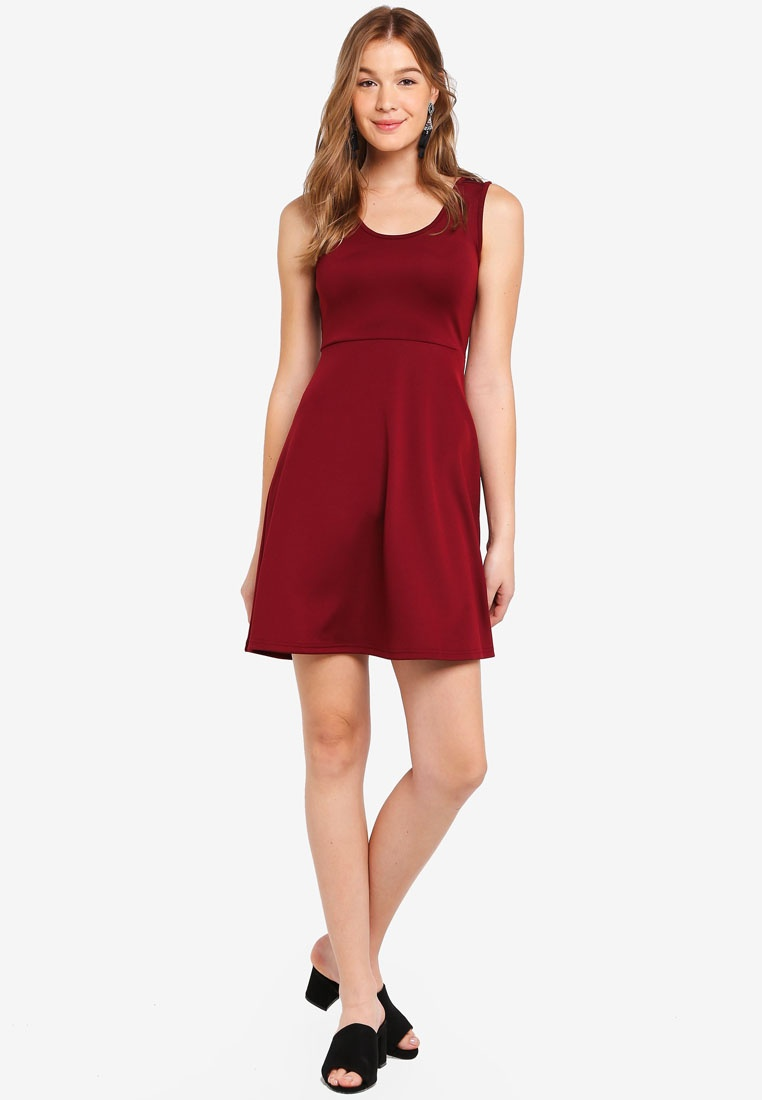 Fit ZALORA amp; Dress Flare BASICS Neck Basic Maroon Scoop TqpxxSf