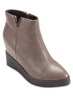 隱藏楔型跟短靴