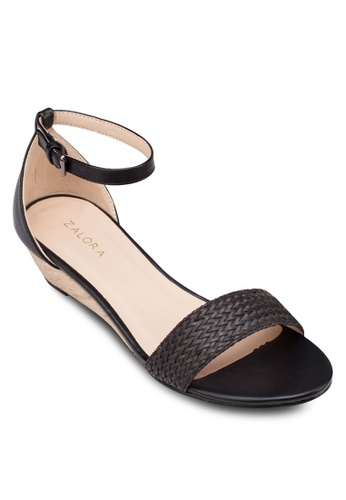 ZALORA 黑色 繞踝帶楔形涼鞋 ADWHCSH0000015GS_1