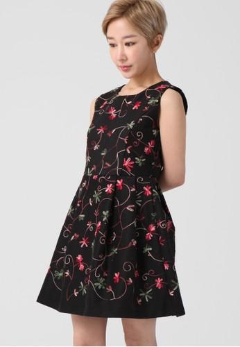 韓流時尚 花卉刺繡連衣裙 F4092esprit 兼職, 服飾, 及膝洋裝