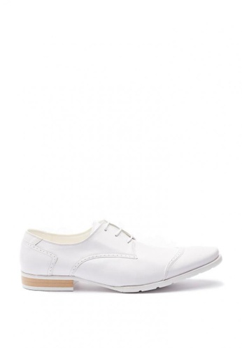 Kings Collection white Dalton Leather Shoes 2EE83SH1957D56GS_1