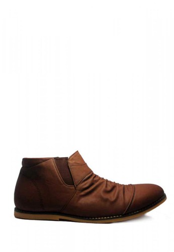 D-Island brown D-Island Shoes Slip On High Wrinkle Leather Dark Brown DI594SH91SUYID_1