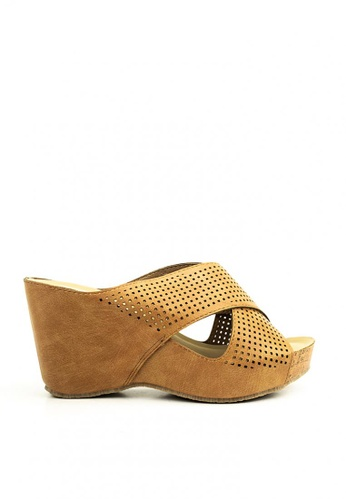 Cardam's Lifestyle brown Hazel Wedge E7942SH2302776GS_1