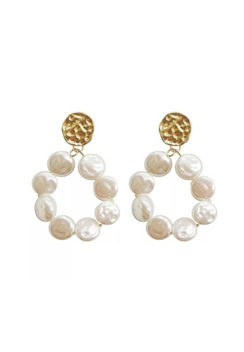 Atrireal gold and beige ATRIREAL - Margaret Gold Coin Pearl Hoops Earring D357AACFF67115GS_1