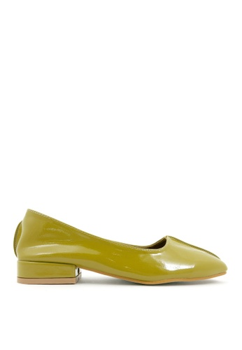 Carlo Rino 黃色 Yellow Set Apart Glossy Square Toe Flats BF5BASH3221F99GS_1