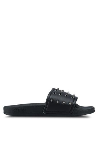 Slydes black Nova Spike Sandals 9C316SH0D59A99GS_1