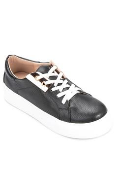 Jen Sneakers