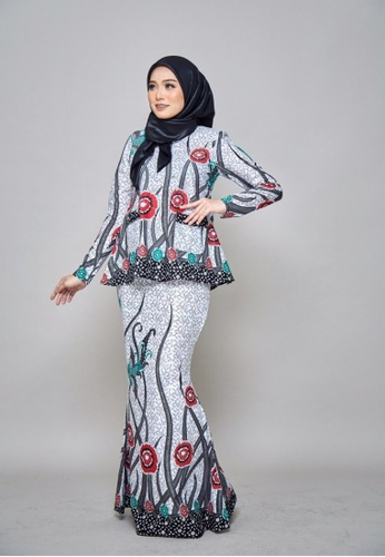 ZHAFIRA SERIES - Batik Dahlia for Lady from ROSSA COLLECTIONS in Red and Green and Blue