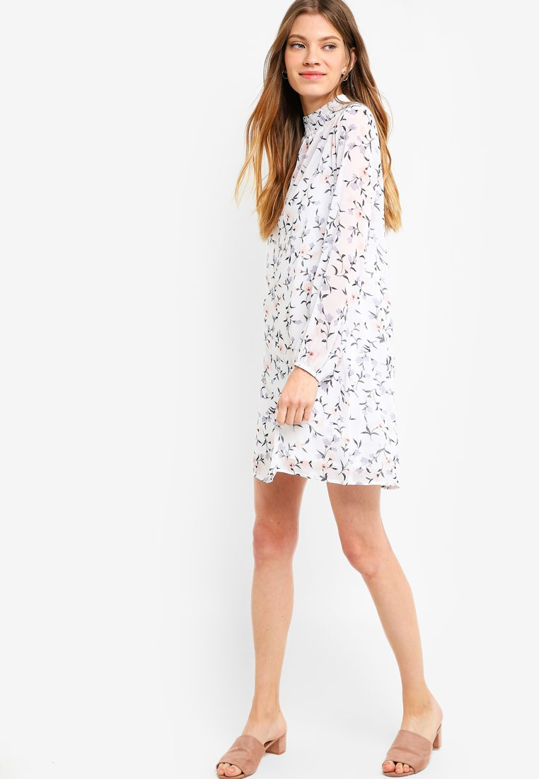 In White Something 2 Smocked Borrowed Dress Shift Print Floral 1 aw0qx0dp