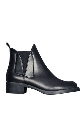 Twenty Eight Shoes black V-Cut Slim Ankle Boots VB1593 F8E4ASHBD397C2GS_1
