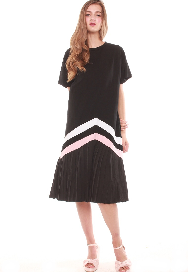 Black Dress Hem Dress Black Pleated JOVET Pleated Hem Hem JOVET Dress Pleated Black JOVET Pleated gxAxq0p
