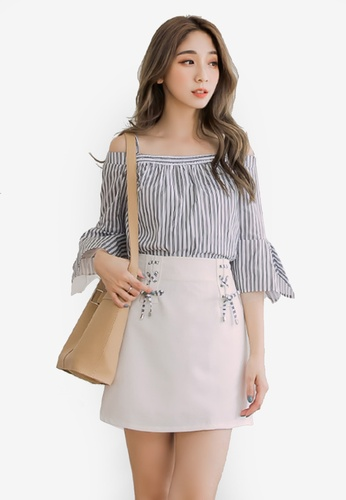 Eyescream white Striped Cold Shoulder A-Line Skirt Set 37FD2AA169201DGS_1