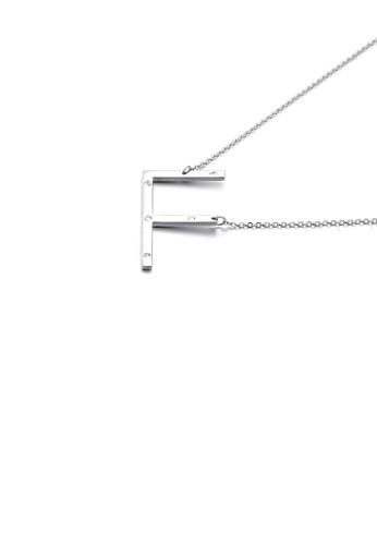 Glamorousky 白色 簡約個性英文字母F 316L鋼吊墜配鋯石及項鏈 5095BAC803585BGS_1