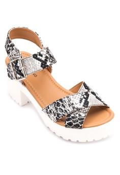 Unigodien Sandals