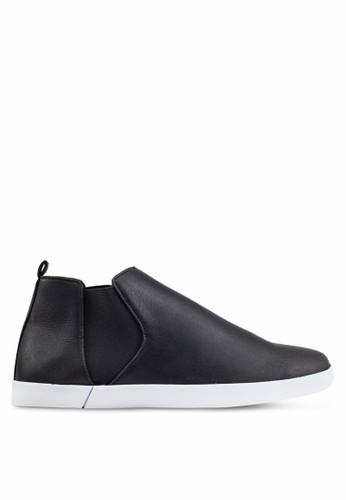 ZALORA black Casual Faux Leather Chelsea Boots EA430SH826C1B6GS_1