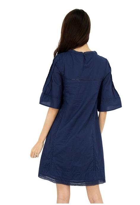 68d3ece9c7 Buy MOONRIVER Clothing Online