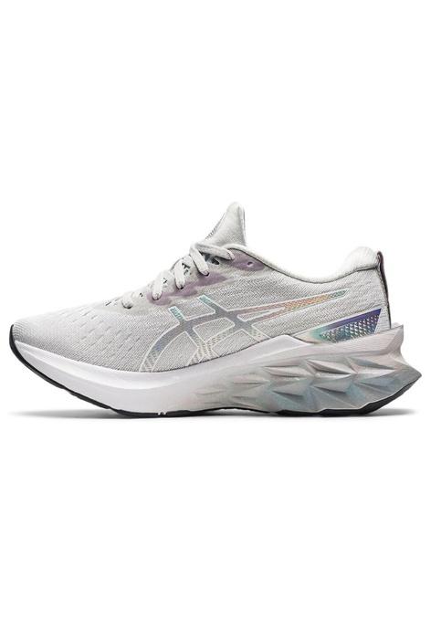 ASICS ASICS NOVABLAST 2 PLATINUM 跑步鞋 1012B131-020