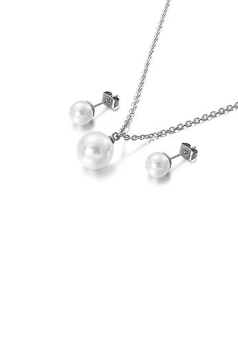 Glamorousky 白色 簡約時尚幾何仿珍珠316L鋼項鏈和耳釘套裝 DAF00AC57DE926GS_1