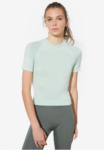 Trendyol green Seamless Short Sleeve Sports Top E9DC0AAE0A5795GS_1
