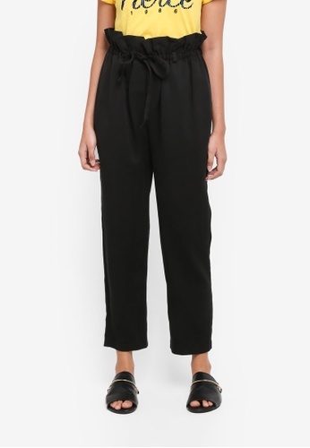 TOPSHOP black Paper Bag Tapered Hem Trousers A29CCAA36B3B99GS_1