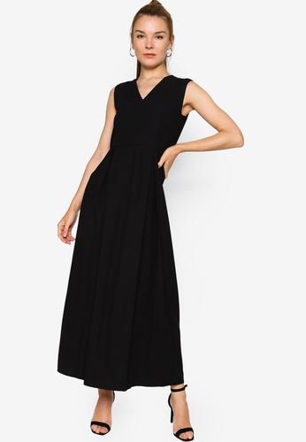 ZALORA WORK black Box Pleat Maxi Dress 7ABA8AAF6FFF14GS_1