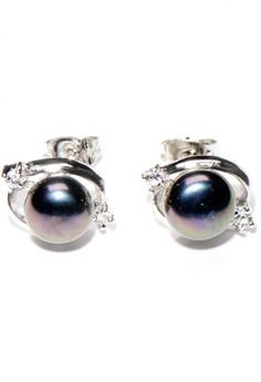 Simple black Freshwater Pearl Earrings 3