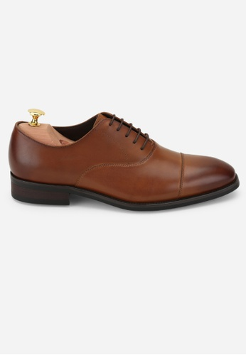 Earnest & Collective brown Carnegie III Tan Minimalist Oxfords 3930ESH2A9998AGS_1