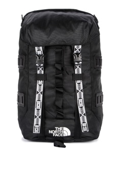 2aec12f4b340 The North Face black Lineage Ruck 37L Backpack 4CCC2AC09C6E7EGS 1