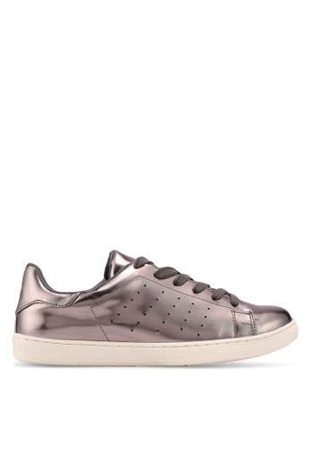 Something Borrowed 灰色 金屬感運動鞋 7143DSHC415FB4GS_1