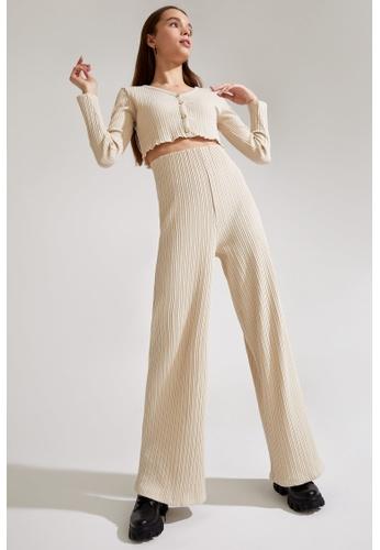 DeFacto beige High Waist Wide Leg Trousers E3D5EAA60DD640GS_1