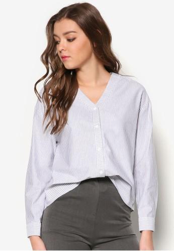 V 領寬版長袖T-shirt、 服飾、 上衣AmongV領寬版長袖上衣最新折價