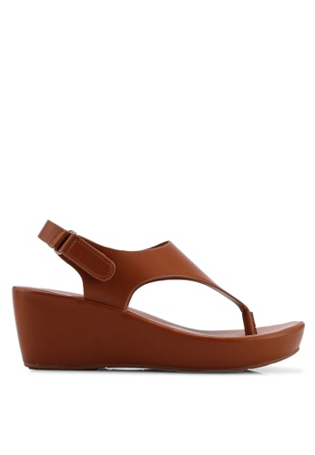 2ebd828371 Buy VINCCI Strappy Wedge Sandals Online | ZALORA Malaysia