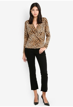 49dd919bb9586 Dorothy Perkins Leopard Print Wrap Top RM 159.00. Available in several sizes