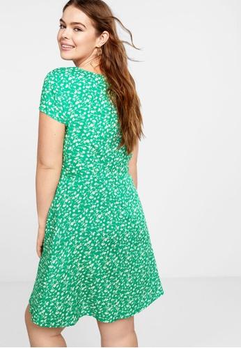 ade40d7ba587 Buy Violeta by MANGO Plus Size Floral Wrap Dress Online