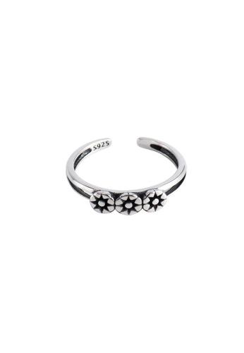 OrBeing 白色 Premium S925 Sliver Flower Ring 16F45ACBEC30D1GS_1