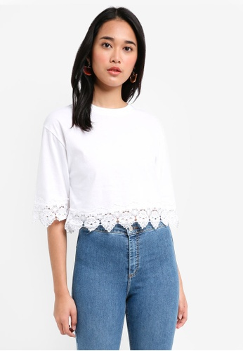 TOPSHOP white Lace Trim Cropped T-Shirt 88B7AAAAD54CB5GS_1