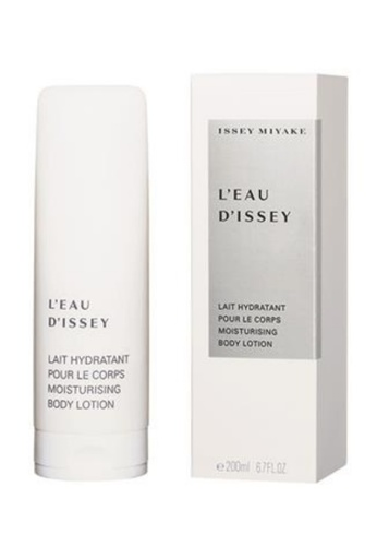 Issey Miyake L'Eau d'Issey Moisturizing Body Lotion  200ml IS403BE0GUFTSG_1