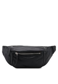 f3df5de9a63a TOPSHOP black Leather Madison Bumbag E7D9BACC106CADGS 1